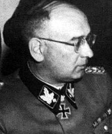 Max Simon als SS-General