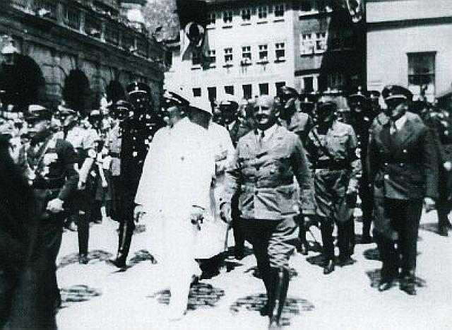 Reichsminister Göring und Gauleiter Streicher in Rothenburg