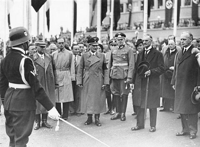 Münchner Abkommen (Siebert links)
