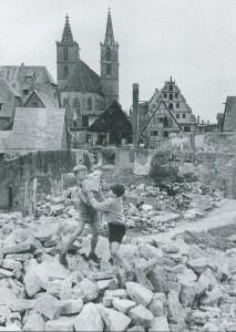 Kinderalltag in den Ruinen (Georgengasse)
