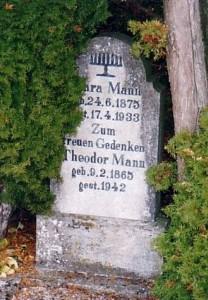 Grabstein der Jüdin Klara Mann (Suizid)
