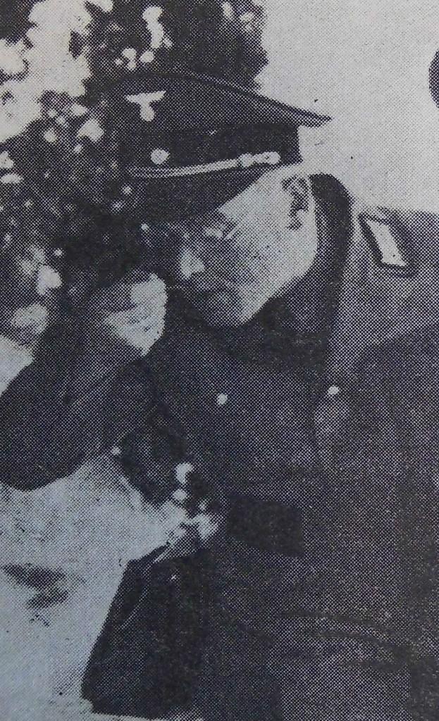 Rothenburgs Kreisleiter Karl Steinacker beim Eintopfessen 1937