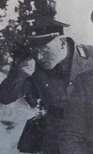 """NSDAP-Kreisleiter Karl Steinacker beim """"Eintopf-Essen"""" 1937"""