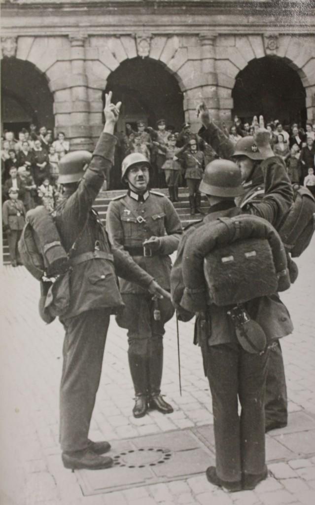 Vereidigung auf dem Marktplatz (Soldatenkameradschaft)