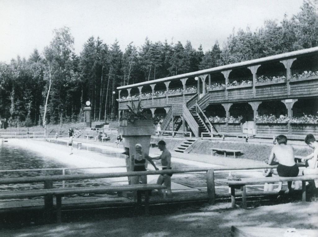 Das Waldschwimmbad im Siechenwald wurde 1935 eröffnet