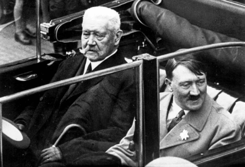 Zwei der Rothenburger Ehrenbürger: Reichspräsident Paul von Hindenburg und Reichskanzler Adolf  Hitler