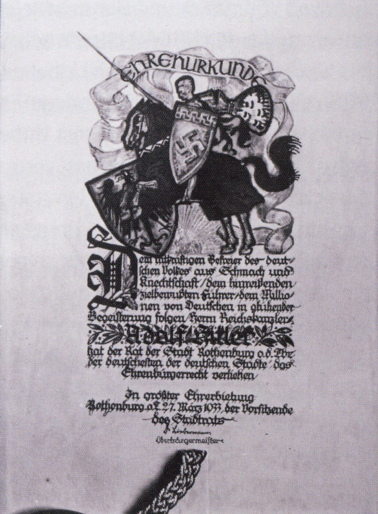 Hauptblatt der Ehrenbürger-Urkunde für Adolf Hitler; Foto: Stadtarchiv Rothenburg