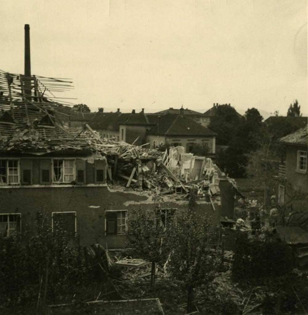 1941 zerstörtes Haus in der Wolffstraße
