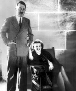 Hitler mit seiner Geliebten Eva Braun