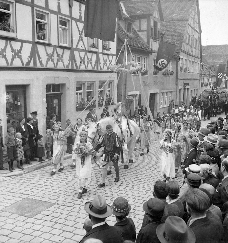 Erntedankfest -Umzug (Klingengasse)