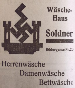 Kitsch als Firmenzeichen in Rothenburg ob der Tauber