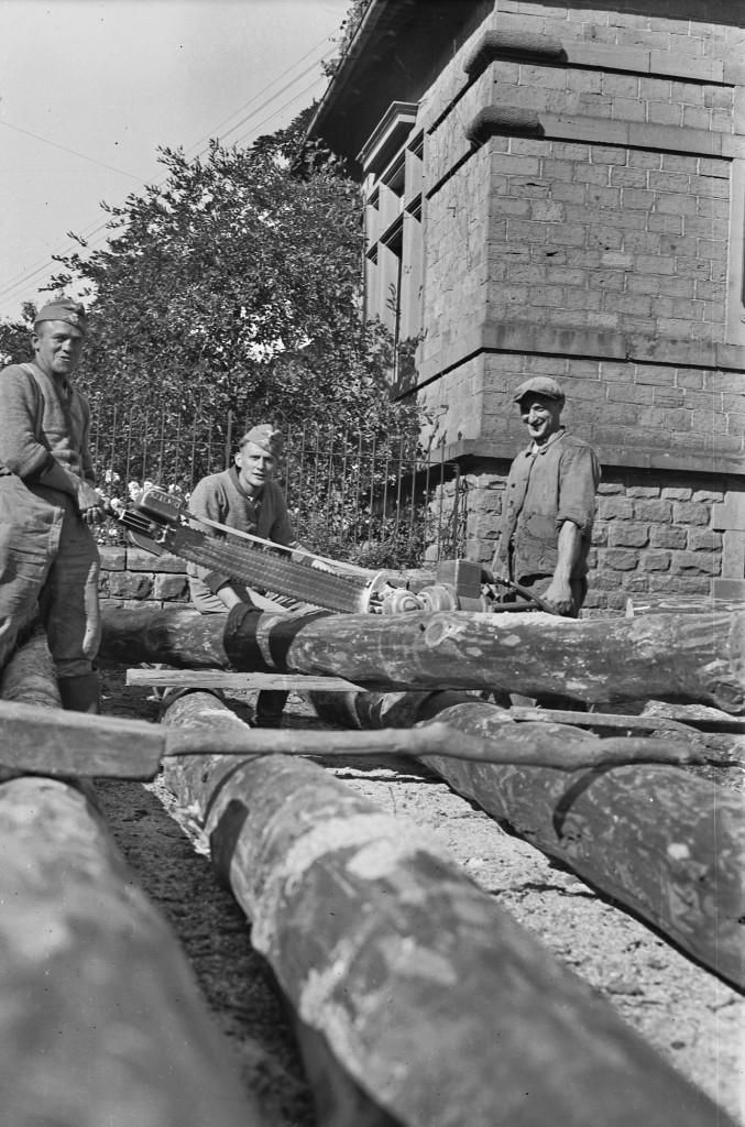 Arbeitsmänner im Arbeitsdienst, um 1935
