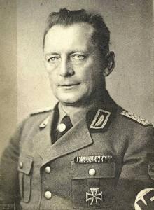 RAD-Generalarbeitsführer Fritz Schinnerer besuchte das Rothenburger Lager