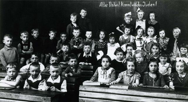 Schulkinder 1936 (nicht Rothenburg)