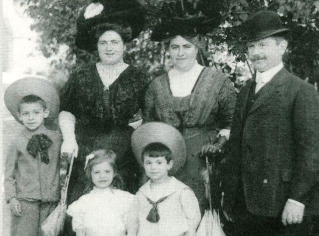 Familie Leopold Westheimer zu besseren Zeiten in Rothenburg ob der Tauber