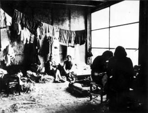 Szene aus dem Internierungslager Drancy/Frankreich
