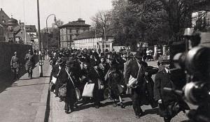 Juden aus Aschaffenburg zur Deportationim April 1942