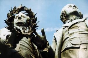 Goethe und Schiller (r.), Weimar