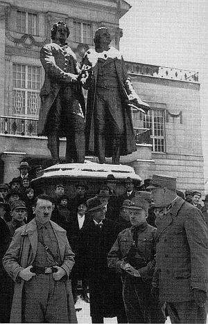 Hitler, Frick, Sauckel in Weimar 1931